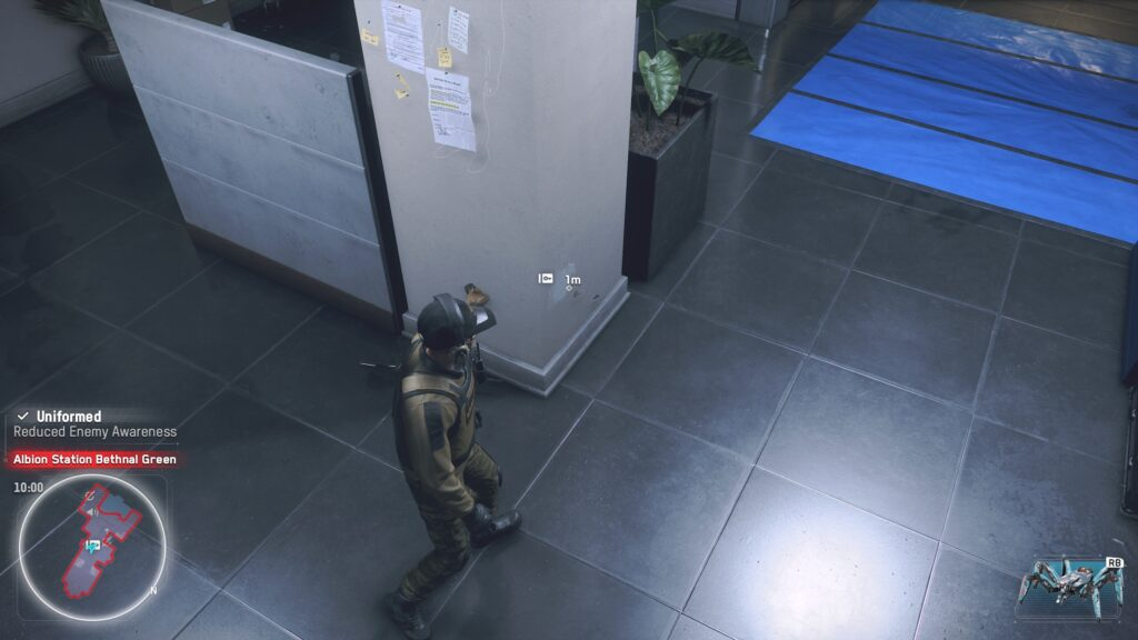Bug in Watch Dogs: Legion where a character is stuck in a column.