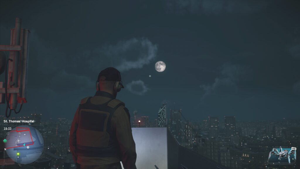 A picture taken of the moon in Watch Dogs: Legion