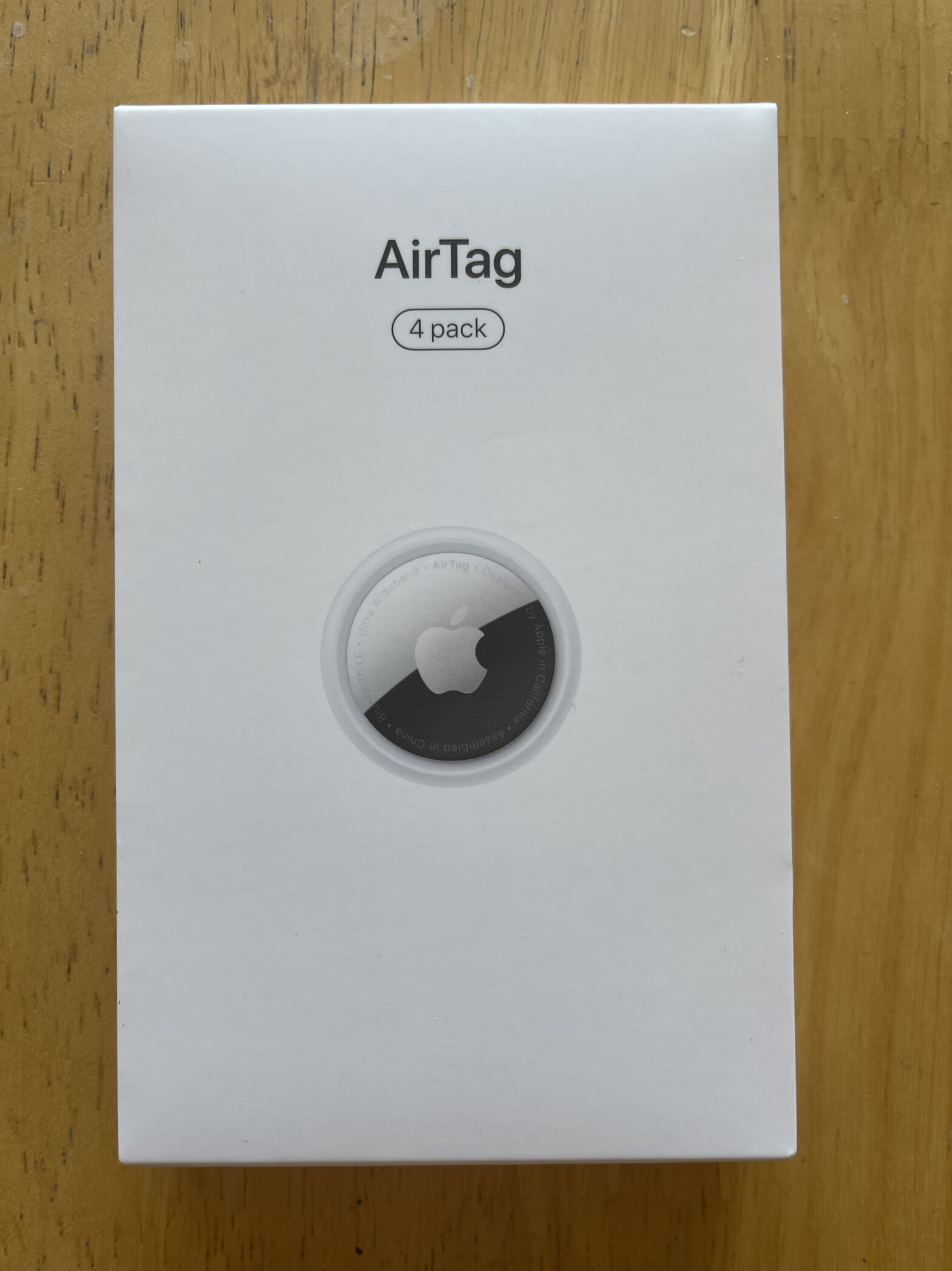 AirTag 4 Pack packaging