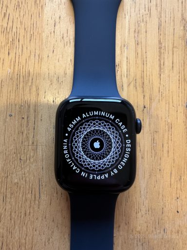 Apple Watch 45mm Series 7 in Midnight with Midnight Sport Band